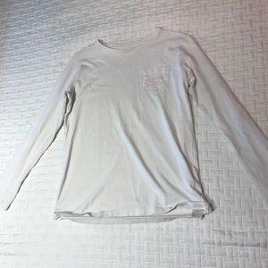 white and orange vineyard vines shirt